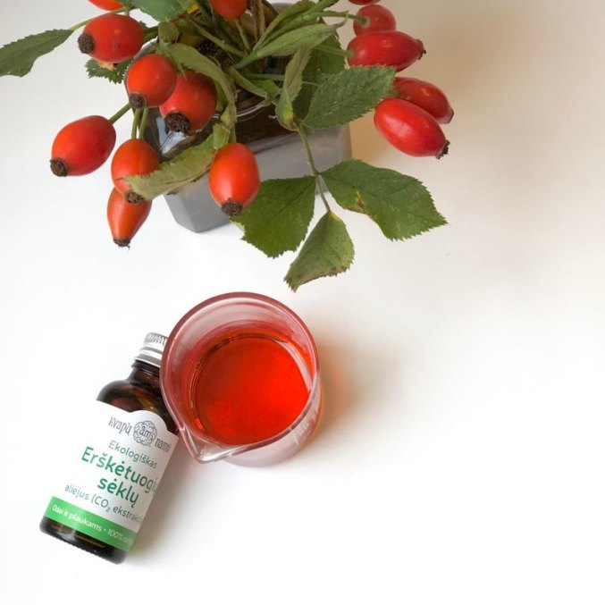 Rosehip Seed Oil (CO2 extract)